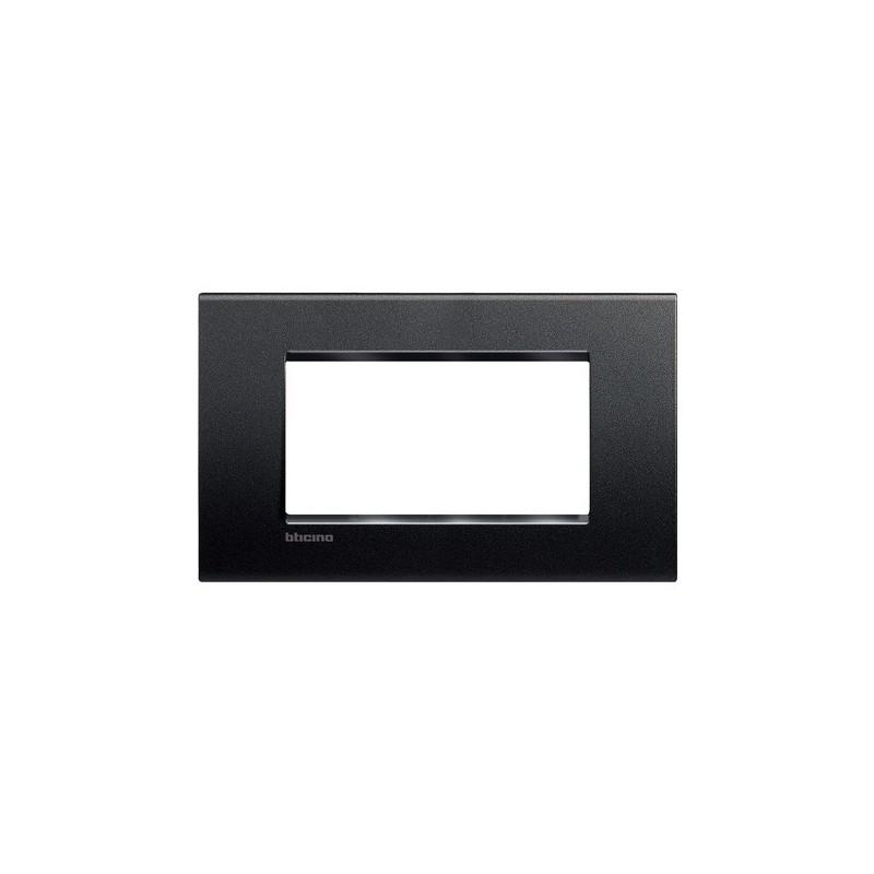 Placchetta Bticino LivingLight Finitura Neutro, 4 Moduli, costruita in tecnopolimero verniciato, codice LNA4804AR, prezzi