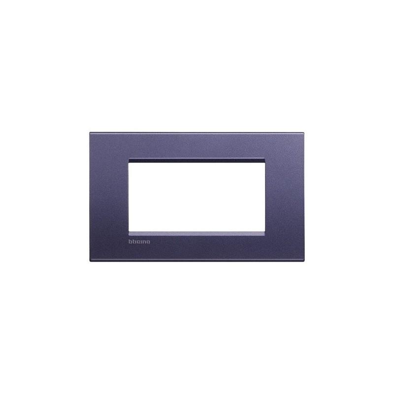 Placca in metallo LivingLight Bticino, Finitura Silk, 4 Moduli, forma rettangolare, codice LNA4804CB, offferta online.