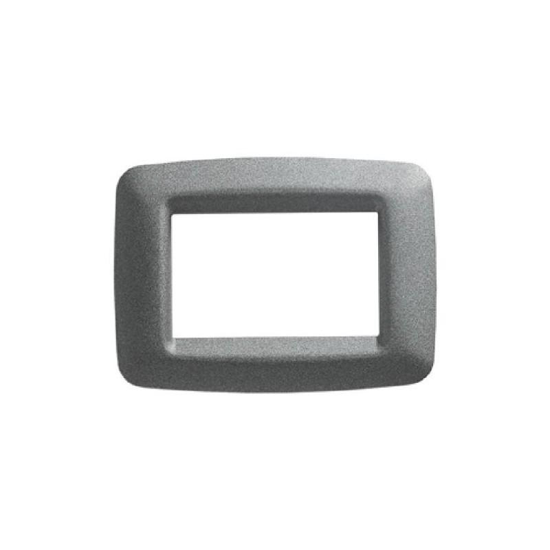 Placca 3 Posti Titanio Metallizzato Gewiss 32703 Playbus Young prezzi costi costo