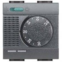 Termostato ambiente elettronico Bticino L4442 riscaldamento condizionamento