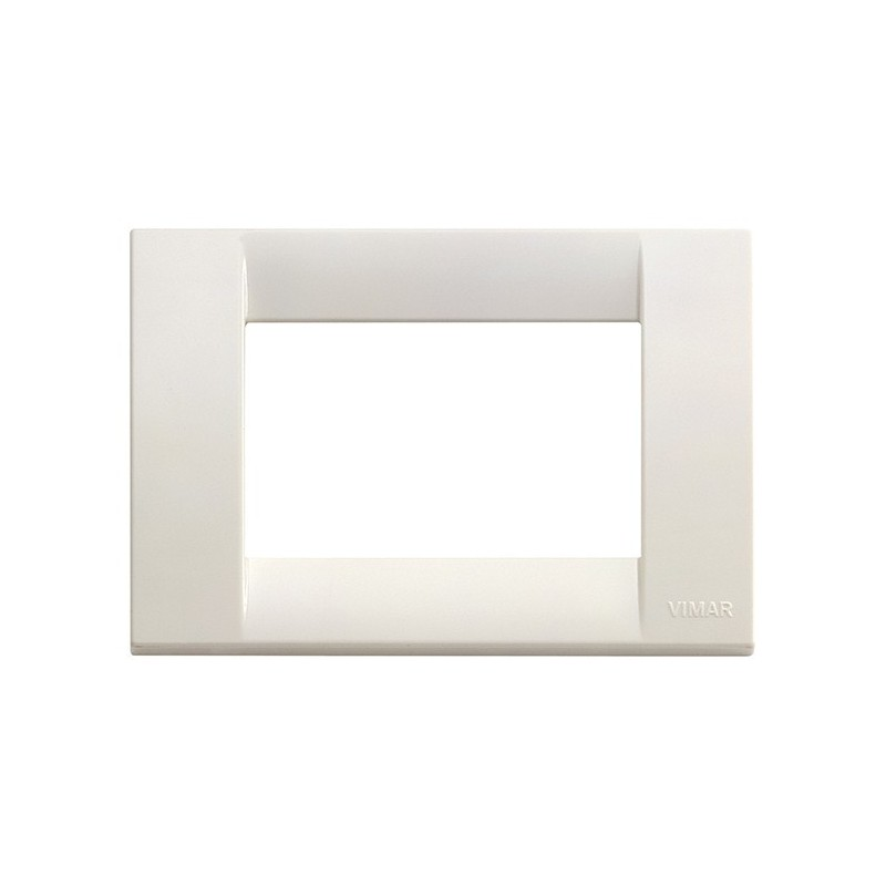 Placca Classica Classic 3 posti moduli, costruita in tecnopolimero,colore bianco, serie Idea 16743.04