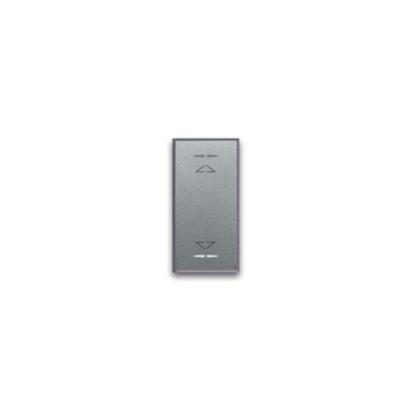 Doppio pulsante 1P NA + 1P NA 10A con frecce direzionali - illuminabile (solo versione Life Touch).