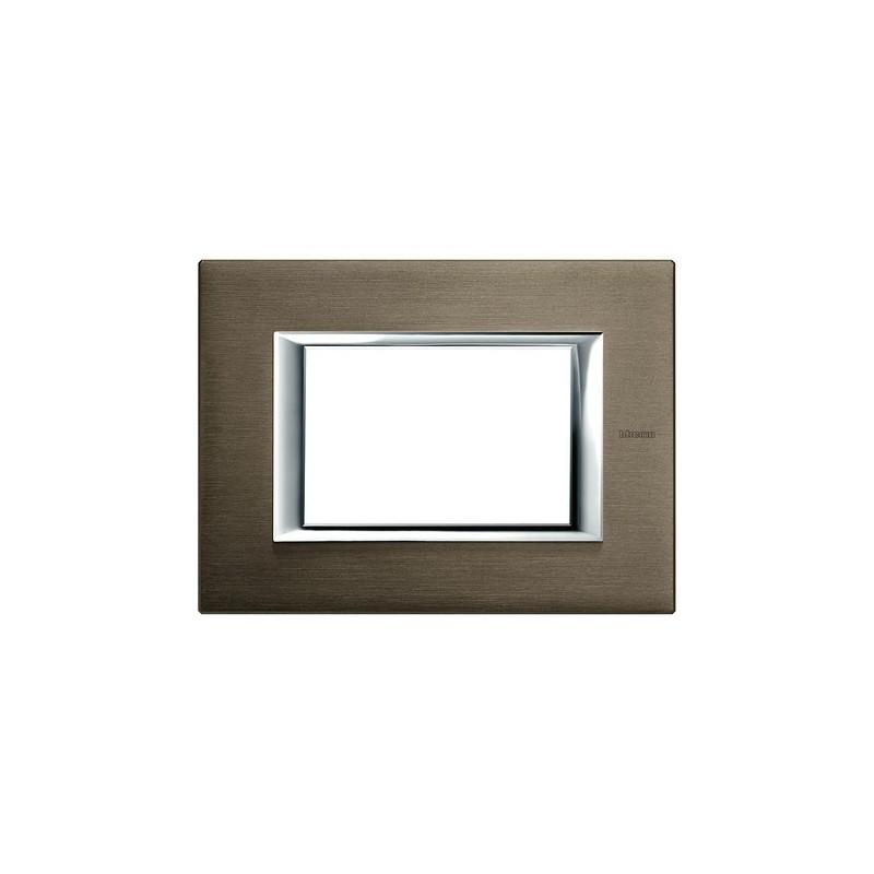 Placche Bticino Axolute in Metallo, colore bronzo, 3 moduli, codice HA4803BR, Prezzo e Offerta Vendita Online.