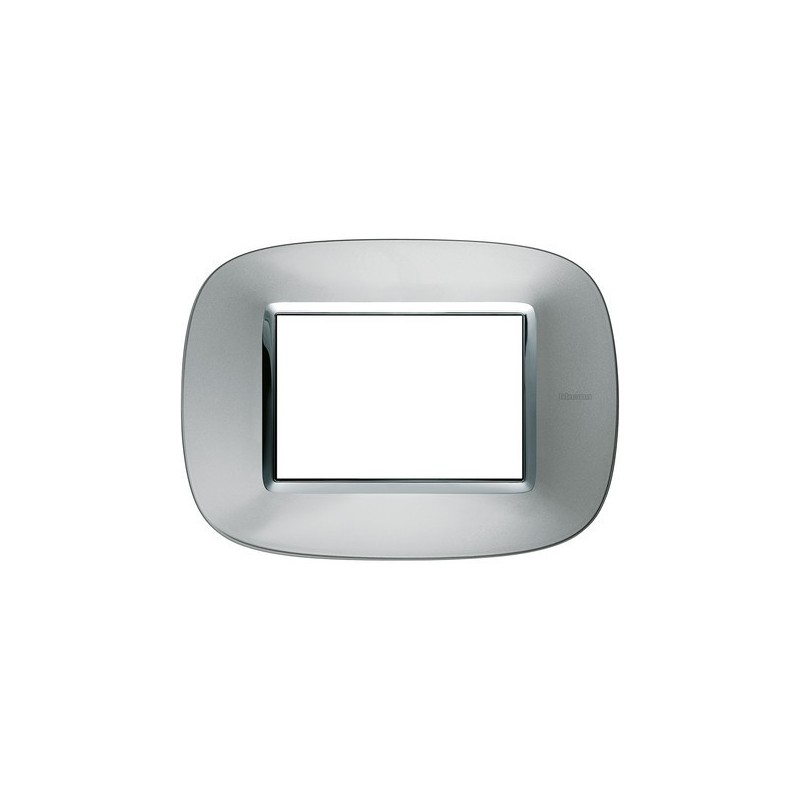 Placca in metallo, colore alluminio, 3 posti, codice HB4803XC, Axolute Metallizzati.