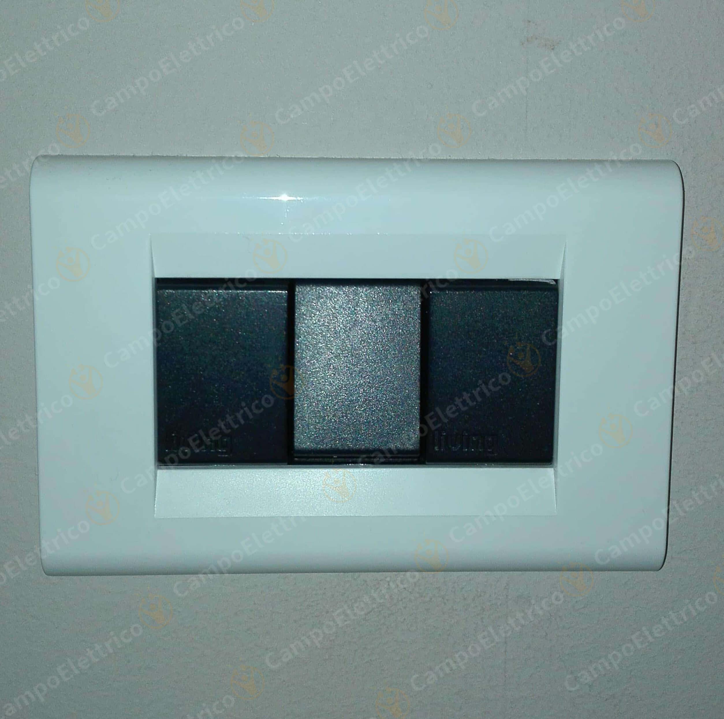 placca bianca compatibile living classic foto realizzata dal cliente