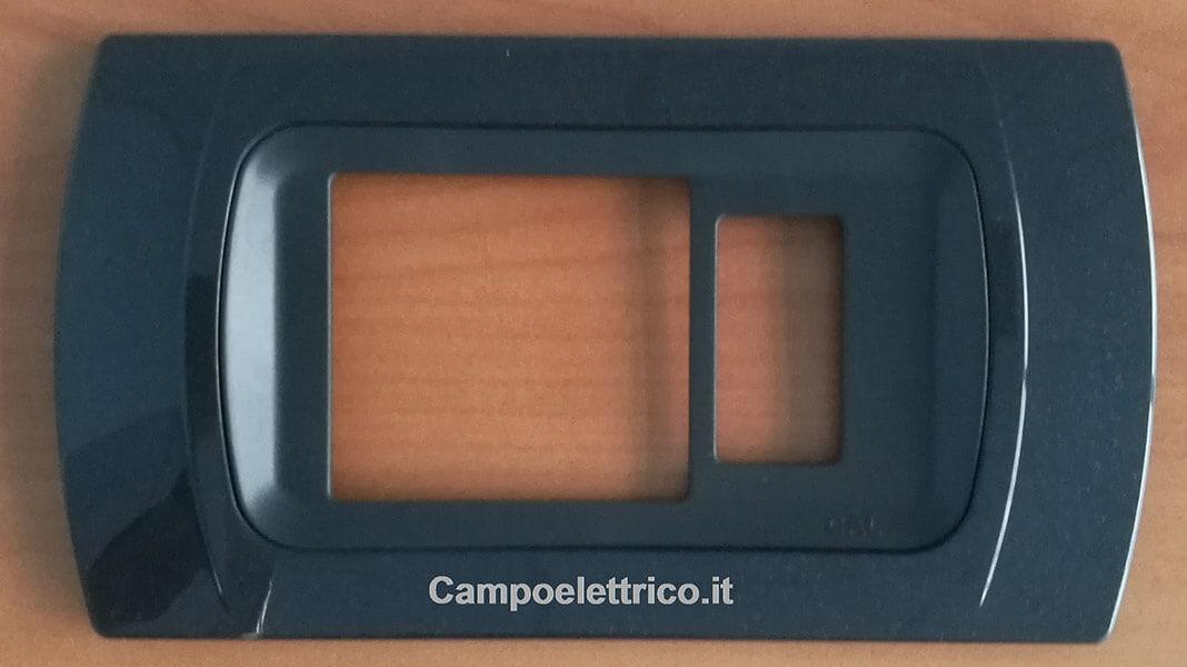 placca-antracite-metallizzata-4-posti-un