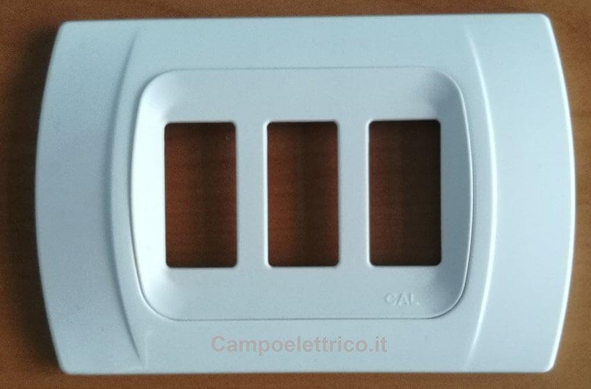 placca-bianca-3-posti-compatibile-ticino