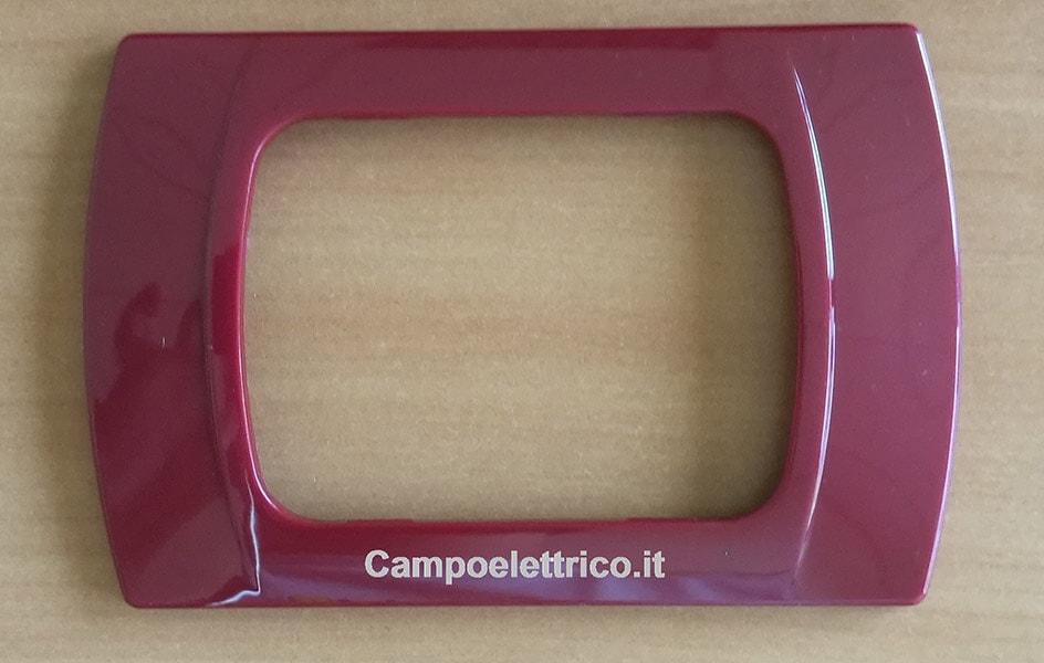 placca rossa amaranto 3 posti compatibile bticino