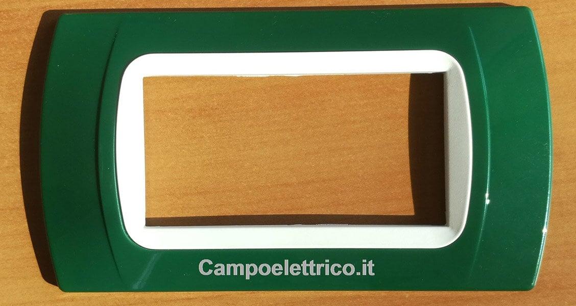 placca 4 posti moduli color verde compatibile biticino living light, air, international, matix