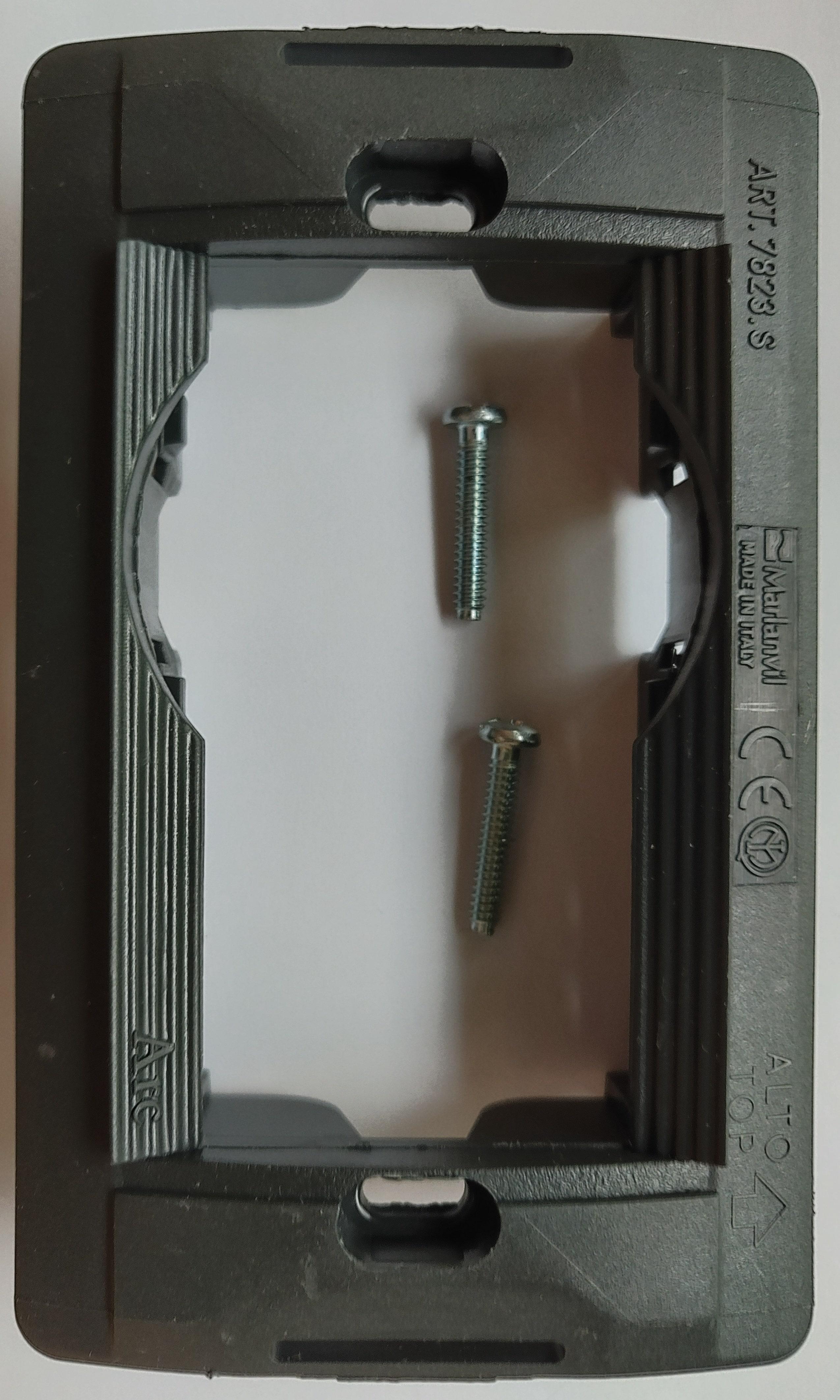 supporto prese tedesche schuko living classic vecchia serie marlanvil 7823.s