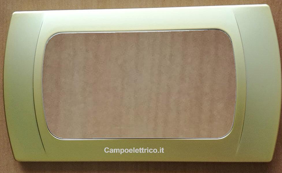 placchetta 4 posti compatibilità con la serie b ticino international e living light prezzi offerte on line